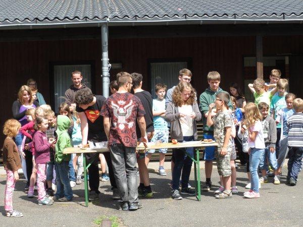 Spiel und Spaß vor dem Freizeitheim in Kelberg
