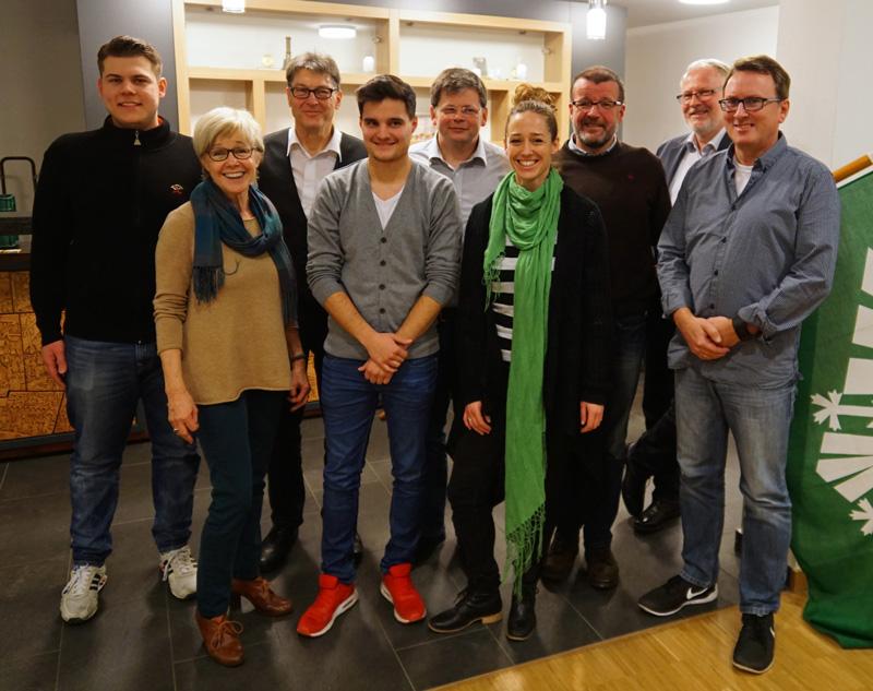 Der neue Vorstand der DJK Königsfeld (von links): Lukas Beinfohr, Gitta Günther, Ignaz Lenz, Mario Trelles, Albert Broda, Vanessa Haydaroglu, Friedhelm Breuer, Rainer Schönhofen ud Ralf Breuer